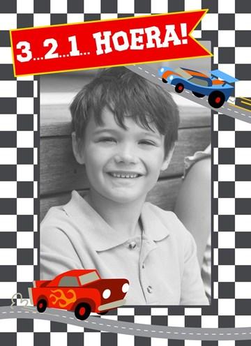 verjaardagskaart jongen - Drie-twee-een-hoera-met-auto