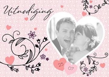 - fotokaart-uitnodiging-roze-met-zwarte-takjes
