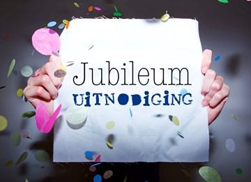 jubileum-uitnodiging-met-confetti