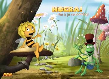 Verjaardagskaart kids - hoera-maya-op-paddenstoel
