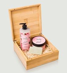 Love Beauty and Planet Murumuru butter & Rose Cadeauset