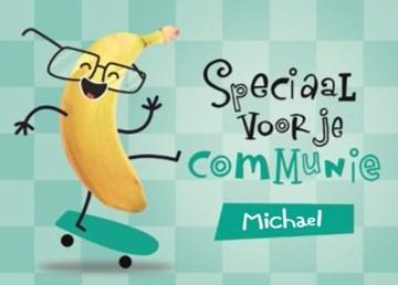 - speciaal-voor-je-communie-happy-banana-kaart-op-een-skateboards