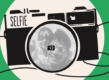 - fotokaart-camera-take-a-selfie