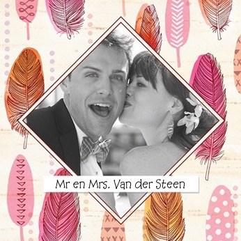 Huwelijkskaart met foto - fotokaart-veertjes-mr-and-mrs