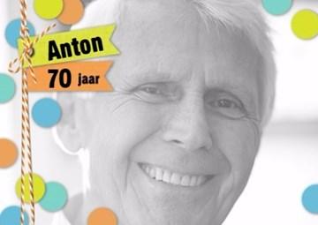 Verjaardagskaart leeftijden - fotokaart-man-stippen