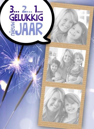 - fotokaart-vuurwerk-sterretjes-gelukkig-nieuw-jaar