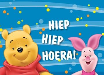 Disney kaart - winnie-the-pooh-en-knoffertje-hiep-hiep-hoera