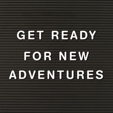 Afscheid kaart - letterbord-kaart-met-de-tekst-get-ready-for-new-adventures