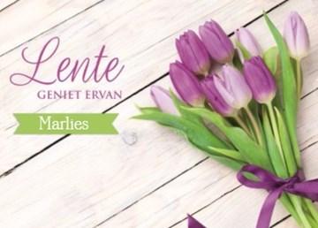 Lente kaart - kaart-lente-geniet-ervan-met-mooie-paarse-tulpen