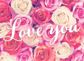 - valentijn-love-you-met-veel-rozen