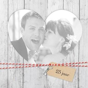 - fotokaart-zoveel-jaar-getrouwd-grijze-achtergrond-met-hart