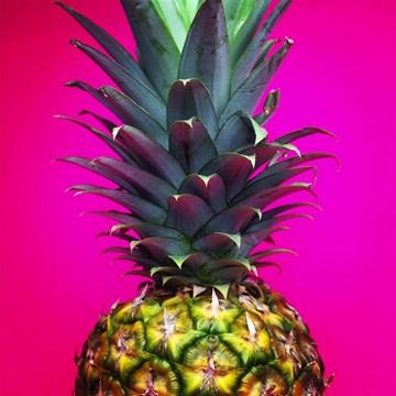 - summervibes-kaart-blanco-met-een-ananas-erop
