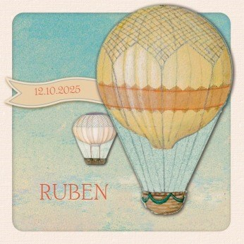 - twee-luchtballonnen-in-de-lucht